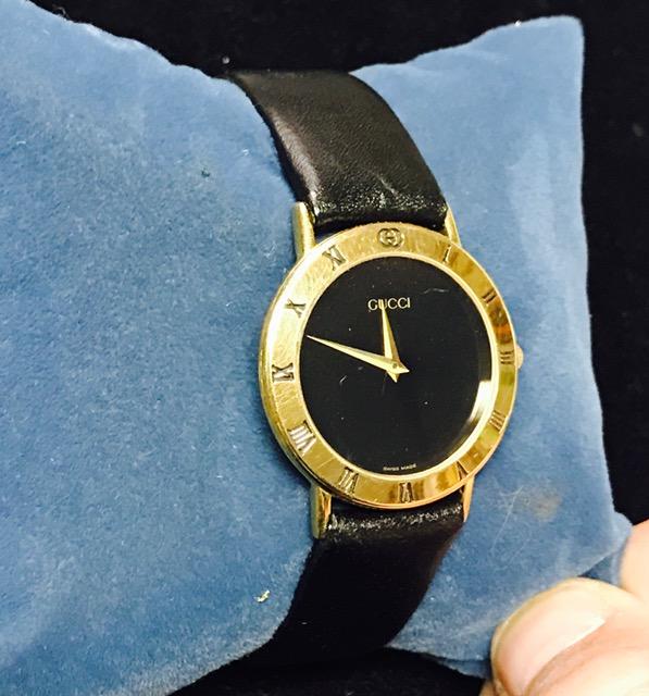 eb8898f9fd8 Vine Gucci Watch Rare 1990 S Men Gold Wrisch Serviced